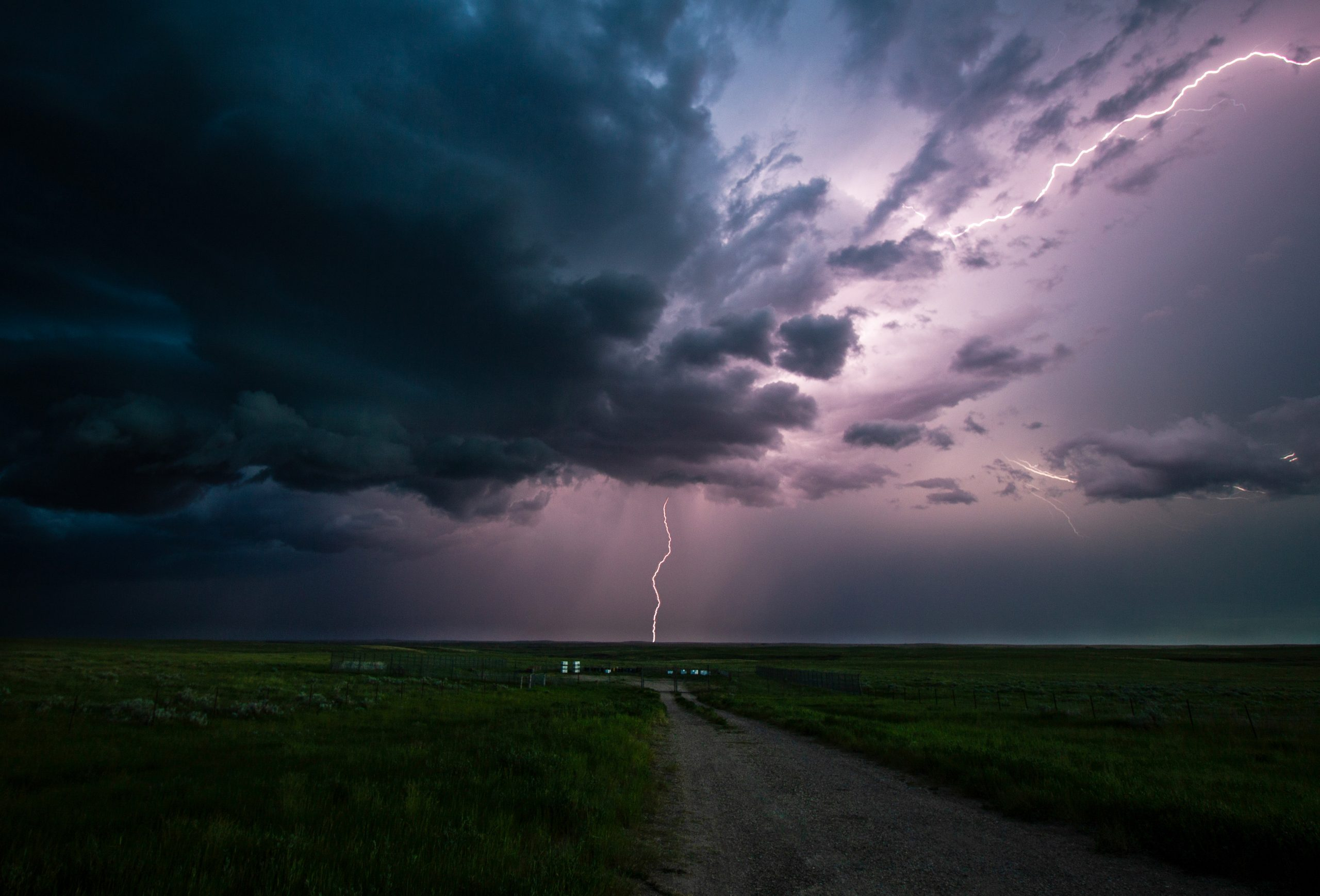 In today's image, lightning cracks under a large thunderstorm in southeast Montana, June 2019. Pic: @fitzpatricknoel